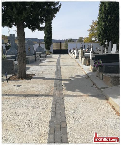 Nuevo Suelo cementerio